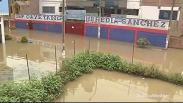 Peru city floods after sewage line breaks