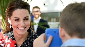 Kate Middleton Poses in Amazing Photo Taken by 10-Year-Old