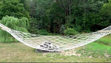 DEALBOSS: $20 hammock holds 450 pounds!