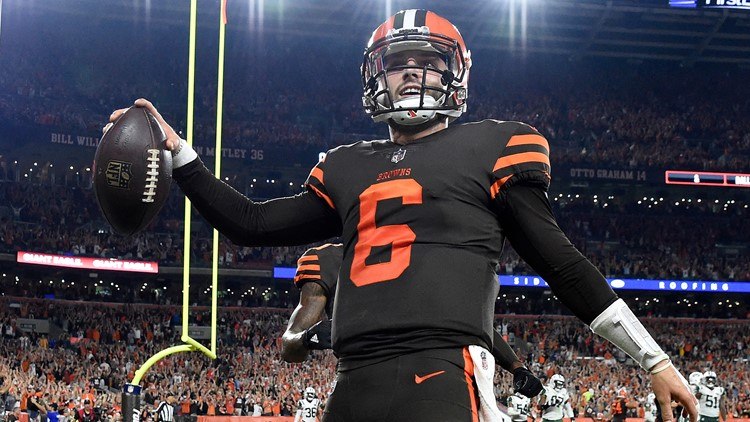 Baker Mayfield completes first pass of his National Football League career
