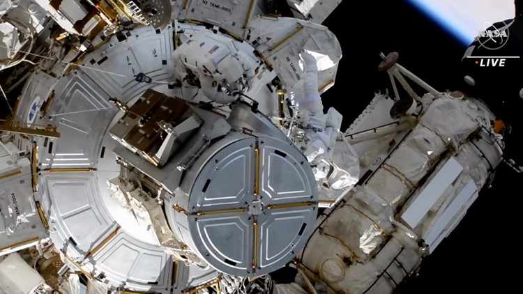 Astronauts tackle more solar panel work in 3rd spacewalk