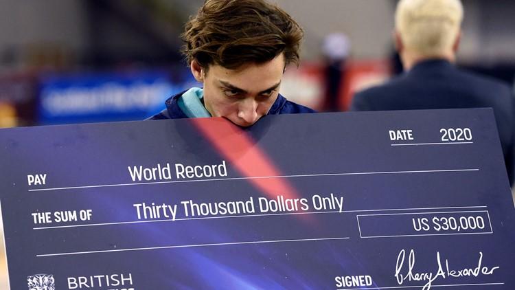 World Record Armand Duplantis Britain Athletics Glasgow Indoor Grand Prix