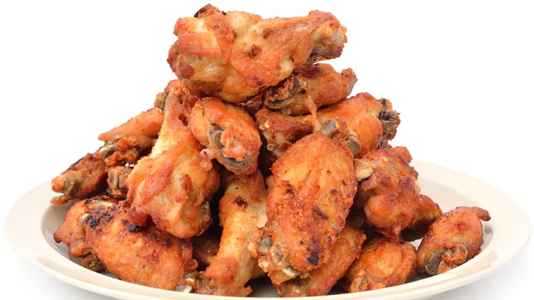 Chicken wing shortage forces restaurants to adapt