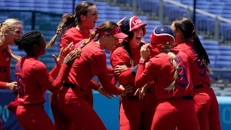 US beats Australia, clinches gold medal game softball spot