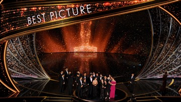 'Parasite' made history. Then the Oscars tried to cut their speech off.