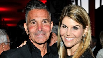 Lori Loughlin and Mossimo Giannulli's Trial Date Set
