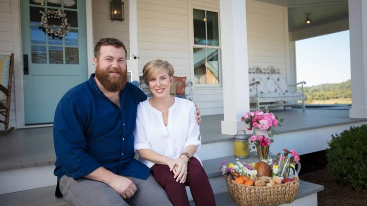 HGTV Stars Erin and Ben Napier Are Having Baby No. 2 in 'Just a Few Weeks'