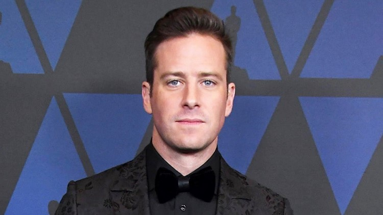Armie Hammer Returns to Cayman Islands as Elizabeth Chambers Takes Things Day by Day