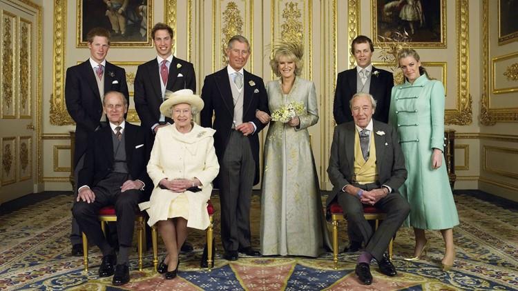 636620641126417728-The-Royals.jpg