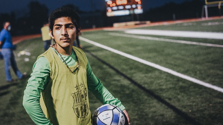 'I would not change it a bit'   Two soccer players fight to survive on and off the field along US-Mexico border