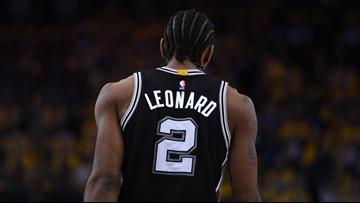 Bye, Kawhi! Spurs trade Leonard, Green to Toronto for DeRozan, Poeltl, draft pick