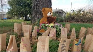 Oregon man kills parents, girlfriend, infant daughter in 'horrific' slaying