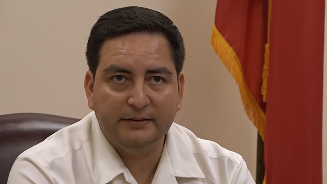 Warrant issued after Texas Democrat returns to Austin, then leaves for Washington a second time