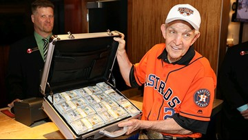 Mattress Mack covers his bases on Astros World Series promotion with $3.5M casino bet