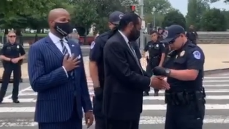 2 Houston-area lawmakers arrested during voting rights protest in Washington, D.C.
