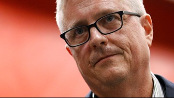 'I am not a cheater': Jeff Luhnow implicates Alex Cora, players in statement on cheating scandal