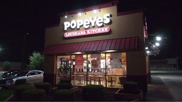 Houston Police: Man pulls gun on Popeyes employees, demands chicken sandwiches