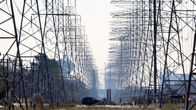 Power producer outages, high temps lead ERCOT to ask Texans to conserve electricity