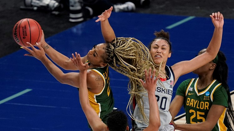 Should Baylor be heading to the women's Final Four instead of UConn?