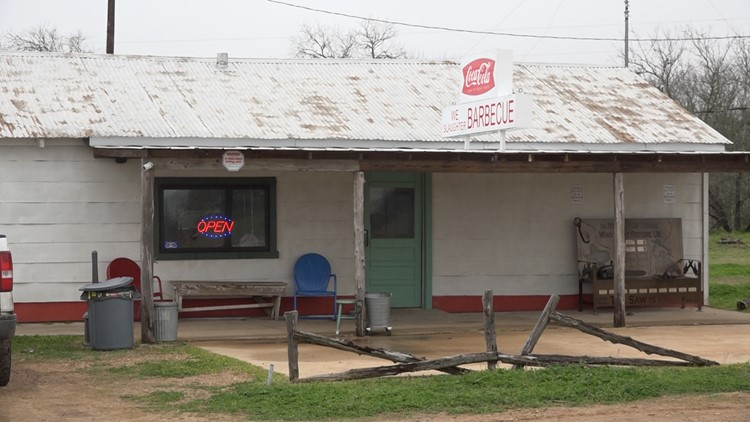 You can eat and sleep at the original 'Texas Chainsaw Massacre' gas station