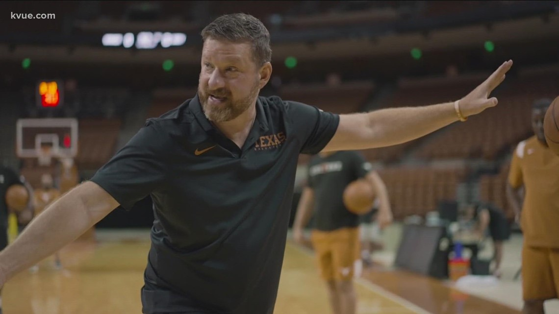 Texas men's basketball's Chris Beard honors name, grows beard