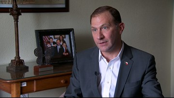 Sen. Schwertner denies sending explicit texts to Texas grad student, hires legal help