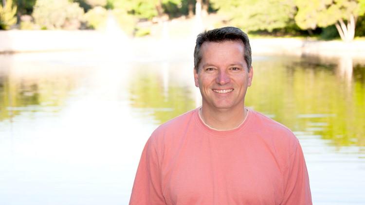 Meet KVUE sports director Mike Barnes