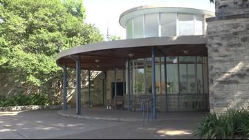 Barton Springs Bathhouse to be renovated