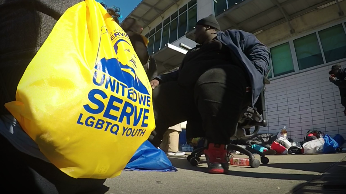 Austin group passes out hundreds of care bags to the homeless to honor Martin Luther King Jr.