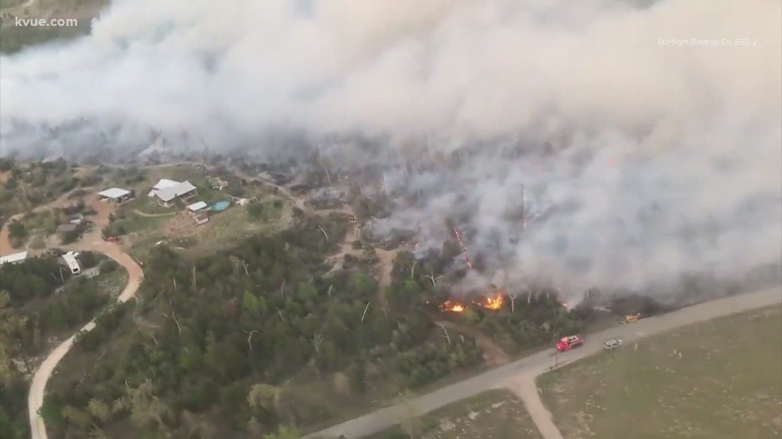 Fire forces evacuations in Bastrop County