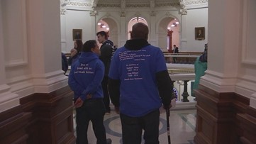 Death row exonerees deliver letter asking Gov. Abbott to stop Rodney Reed execution