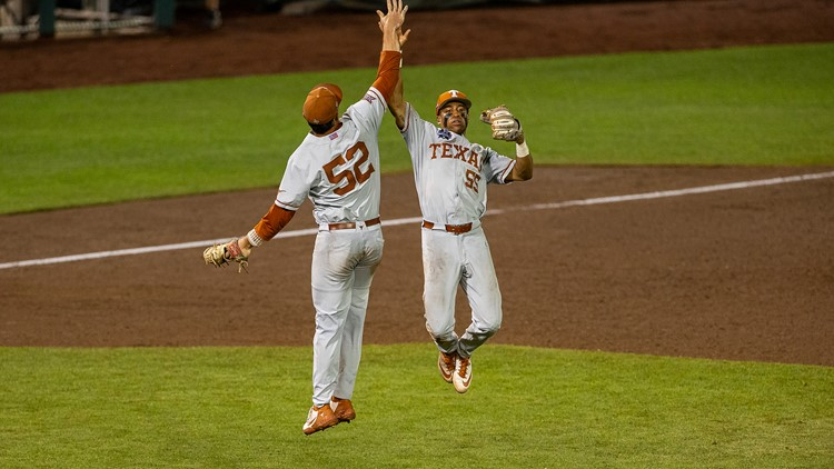 Texas Longhorns survive CWS elimination with 6-2 win over Virginia Cavaliers