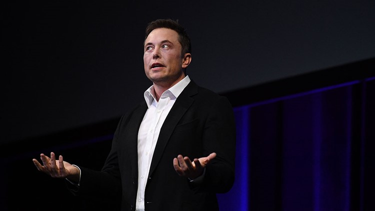 Elon Musk says Tesla wasn't invited to the White House electric-car summit