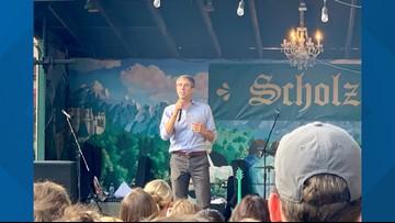 Beto O'Rourke energizes crowd at Scholz Garten