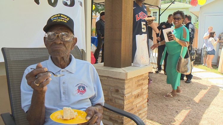 """""""I do believe we will hear from the government soon to find out who did it,"""" said Richard Overton's cousin, Volma."""