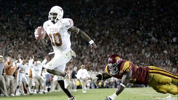 Former Longhorns quarterback Vince Young to be inducted into the College Football Hall of Fame