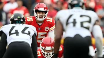Patrick Mahomes becomes first Big 12 QB to win an NFL playoff game