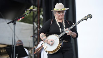 Southern rocker Elle King brings new hit 'Shame' upon ACL Fest