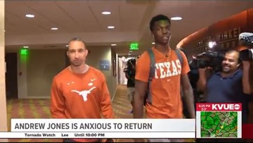 Andrew Jones returns to Texas Longhorns basketball with a standing ovation