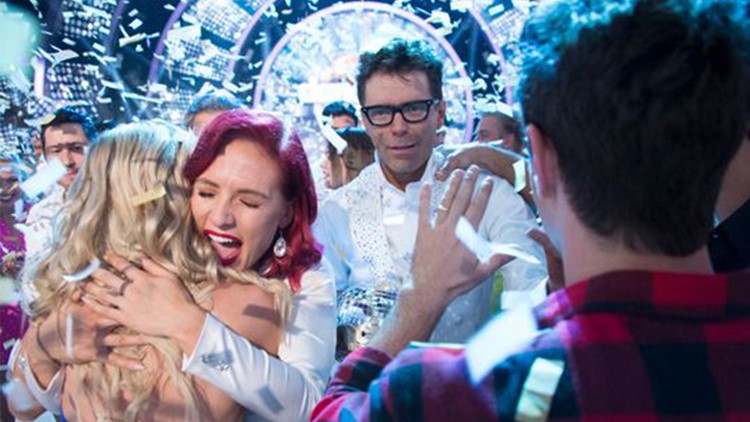 Former Austin radio personality Bobby Bones brings home 'Dancing with the Stars' trophy