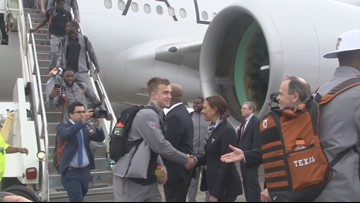 Longhorns arrive in NOLA, Herman asked about young quarterbacks' futures