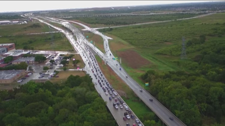 What the Beep: Manor makes move to extend 290 toll through the city