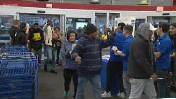 Shoppers line up for Black Friday sale on Thanksgiving