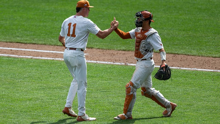 PHOTOS: Texas Longhorns keep CWS hopes alive with 8-4 win over Tennessee