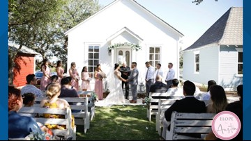 Elope in Austin offers quick weddings for $5K or less