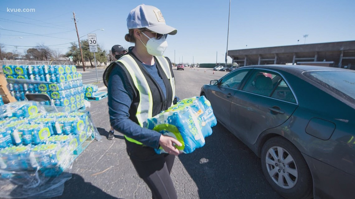 Austin distributed water from Mexico during the outages