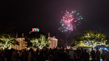 Lights Spectacular dazzles in Johnson City