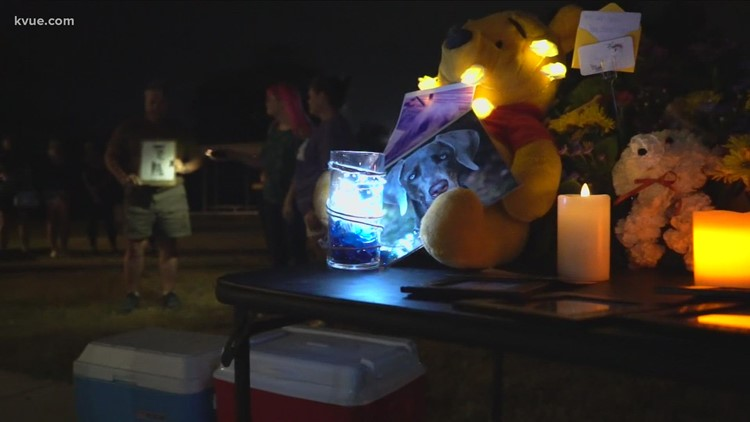 Vigil held for dogs killed in Georgetown fire