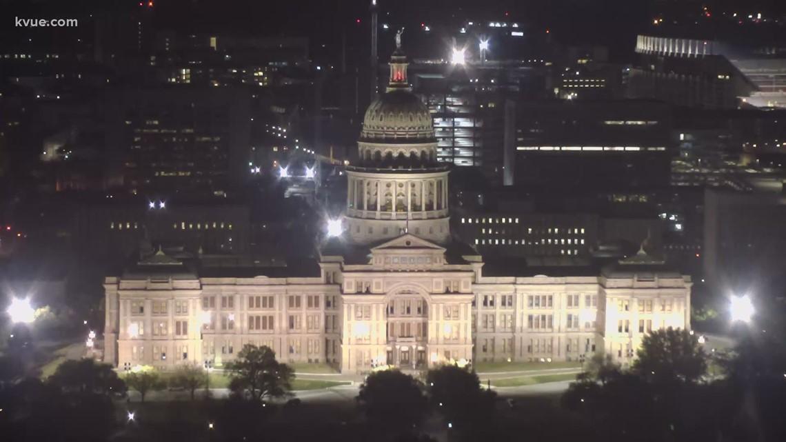 Texas lawmakers hear testimony on voting bills