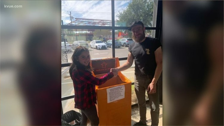 Central Texas fifth-grader hosting Halloween costume drive